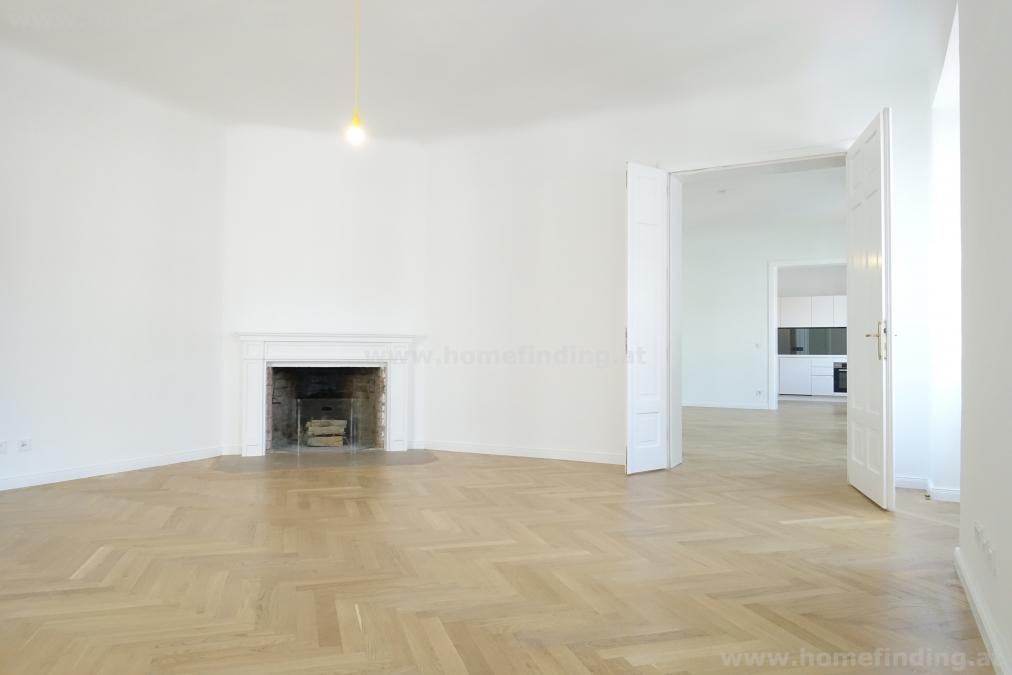refurbished old Viennese apartment in the heart of Vienna