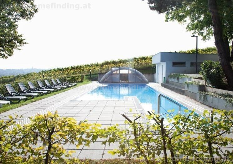 Modern apartment with garden: pool, wine cellar, garden