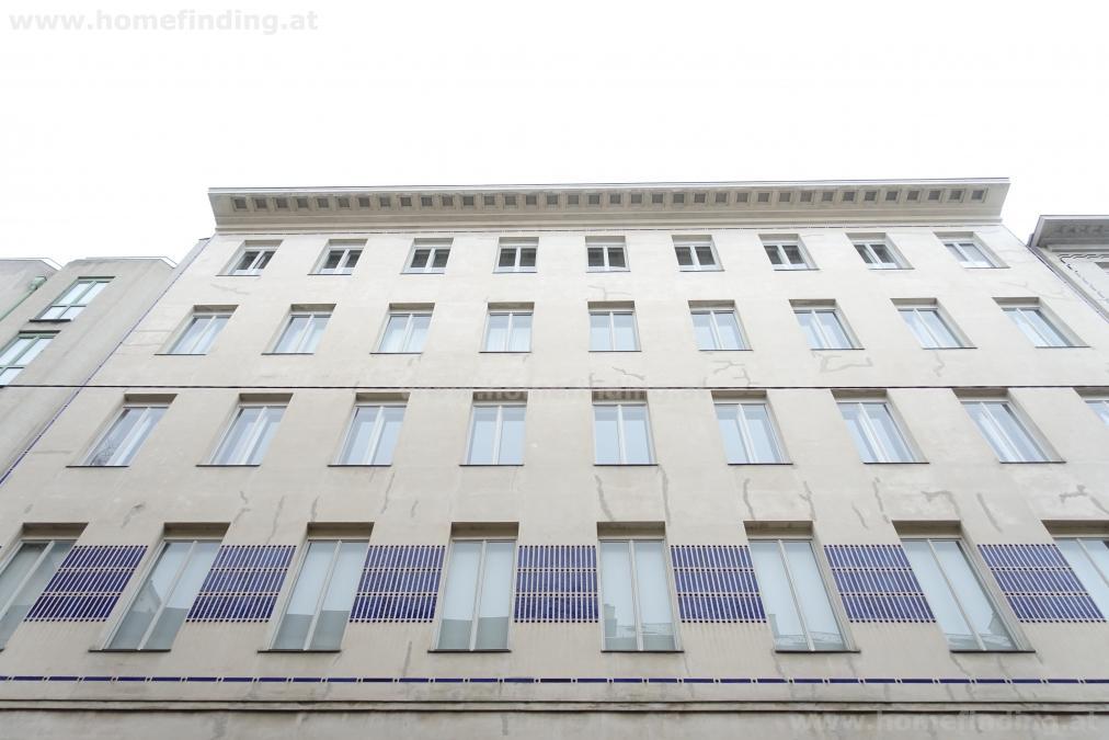 Prachtvolle Altbauwohnung - 5 Zimmer nahe Volkstheater
