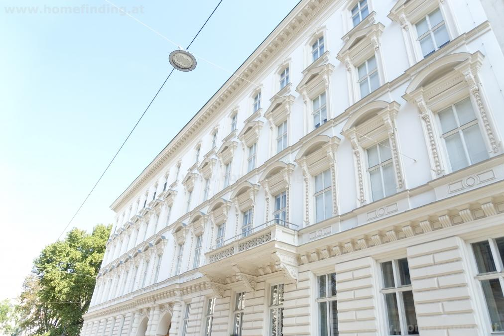 Nice apartment in an old style building - 3 bedrooms