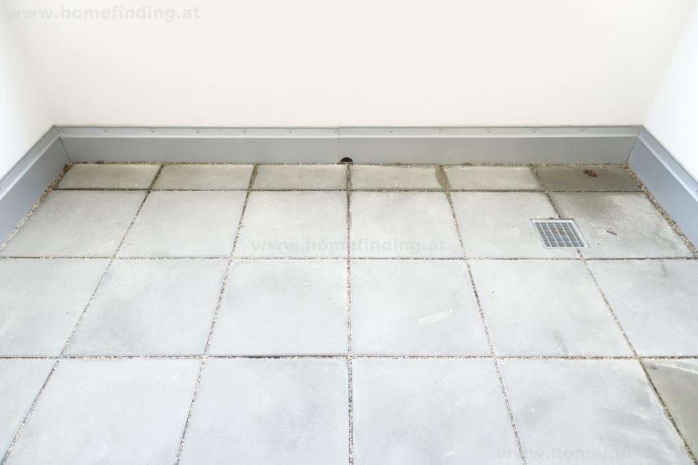 Erstbezug: Balkonwohnung im Wildgarten / Rosenhügel - befristet