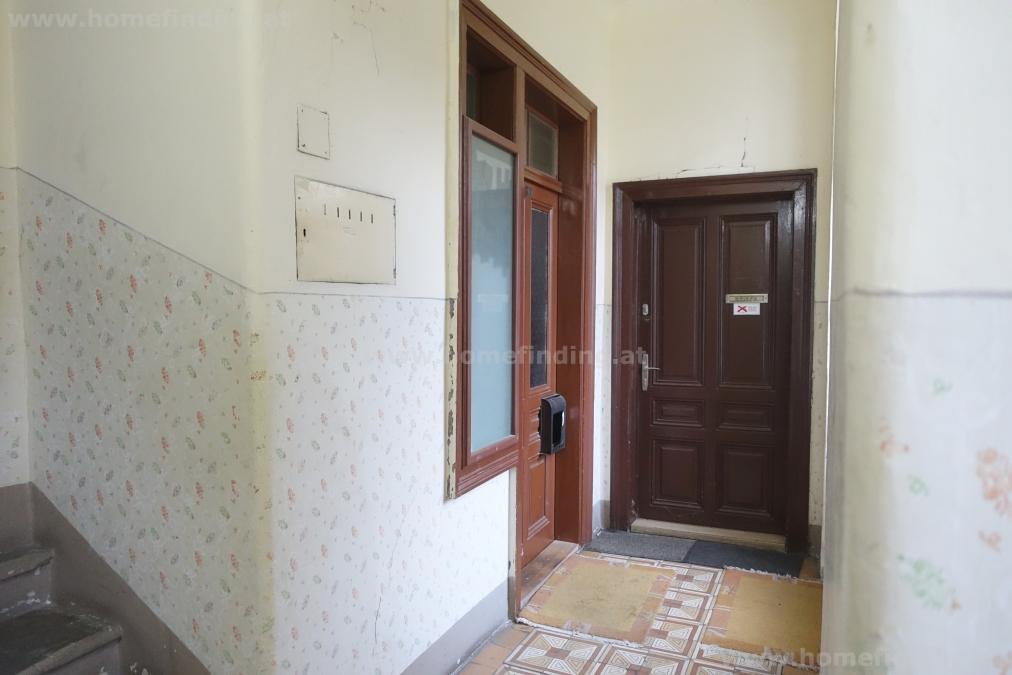 kleines Zinshaus mit 5 Wohneinheiten in Altstadt - renovierungsbedürftig