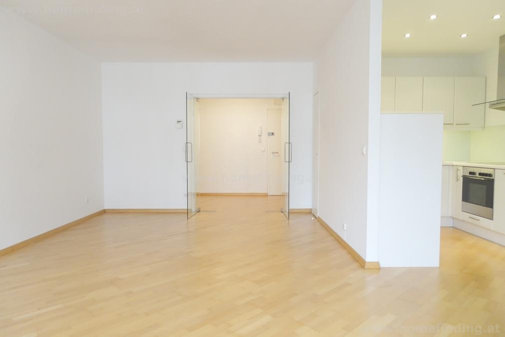 very nice apartment  with 2x loggia near Schottentor