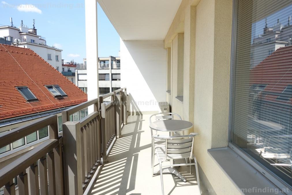 expat flat; furnished 2 rooms + balcony/ möblierte 2-Zimmer beim Schwedenplatz - befristet