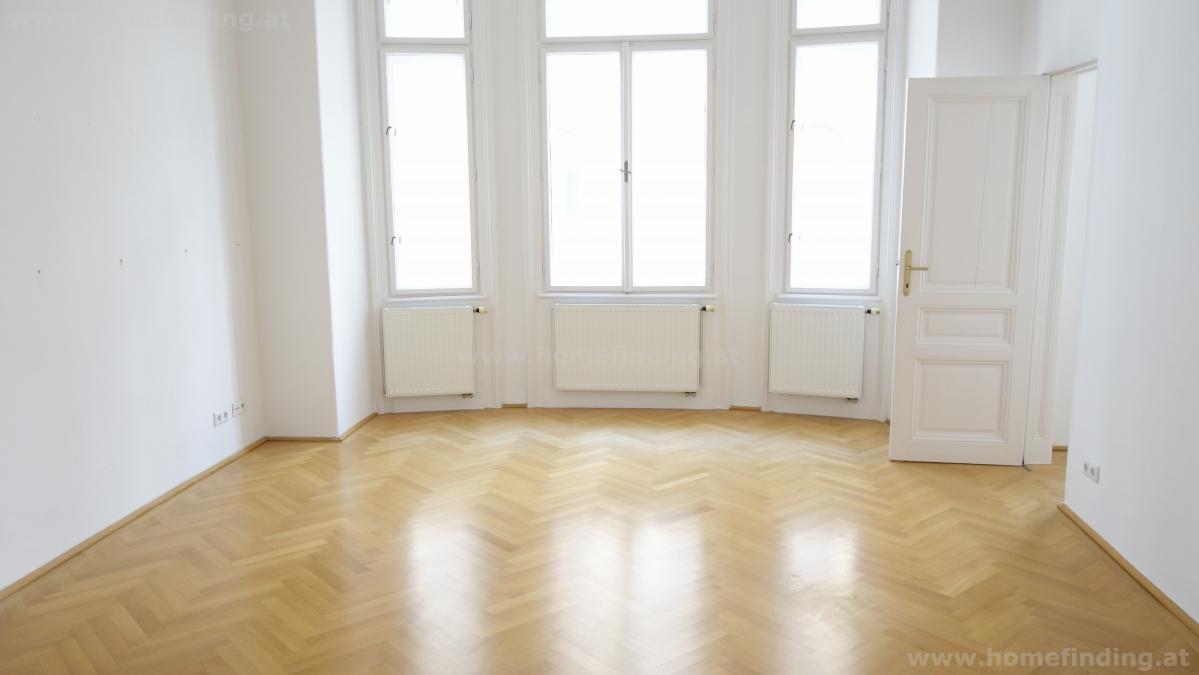 Rochusmarkt: sanierte Altbauwohnung (4 Schlafzimmer) - unbefristet
