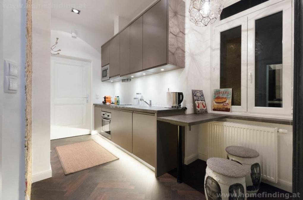 Vollmöblierte, modern eingerichtete Altbauwohnung