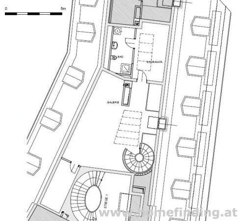 Wohnen im Palais auf der Freyung: 3 Zimmer-DG-Wohnung