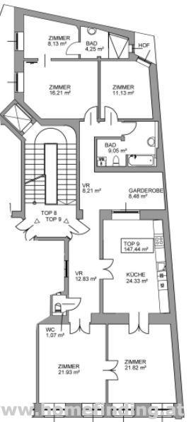 Erstbezug: sanierte Altbauwohnung beim Petersplatz